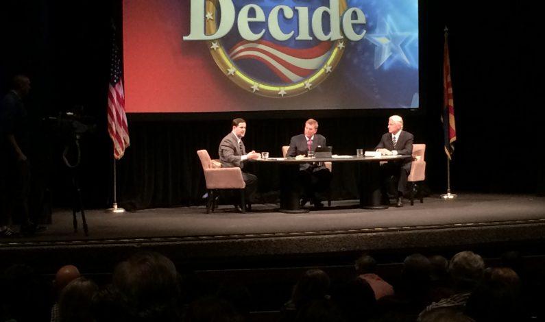 Ducey y Duval debaten sobre educación