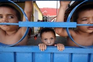 De acuerdo con datos oficiales al menos 60 mil menores migrantes provenientes de Centroamérica cruzaron a territorio estadounidense. Foto: Notimex