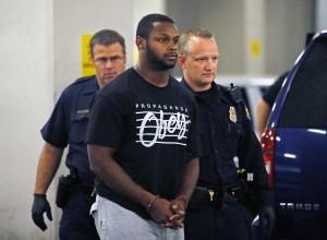 Dwyer fue arrestado el miércoles como parte de la investigación de dos altercados que sucedieron el 21 y 22 de julio en su hogar en Phoenix. Foto: AP