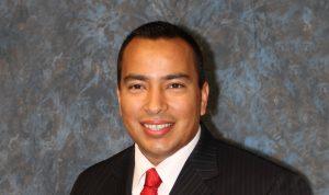 Daniel Valenzuela, concejal del Distrito 5 de Phoenix. Foto: Cortesía/Mixed Voces