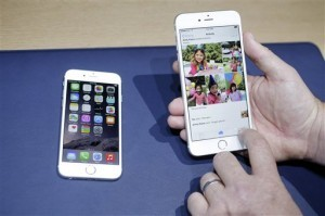 Apple calcula que el iPhone representa dos tercios de sus ingresos. Foto: AP