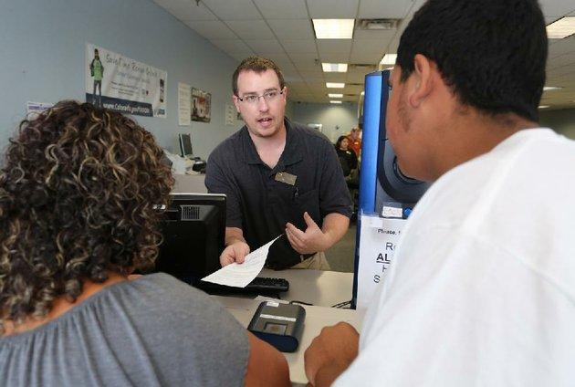 Latinos en California se informan sobre licencias