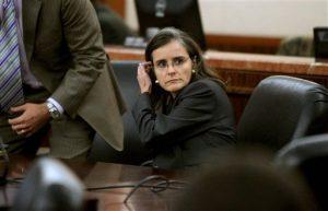 La oncóloga fue encontrada culpable de agresión agravada por intoxicar a su amante con una sustancia química que le puso en el café. Foto: AP