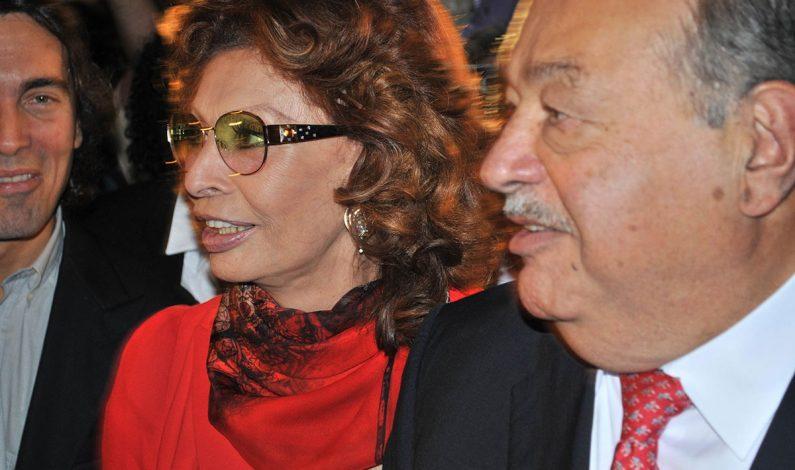 Sophia Loren inaugura entre lágrimas exposición en México