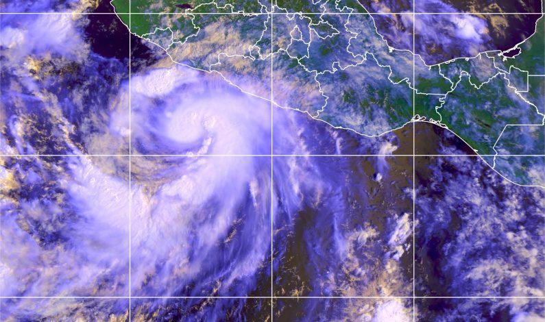 Huracán Polo mantiene alerta entre Jalisco y Michoacán