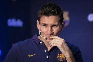 Lionel Messi solo piensa por el momento en continuar su carrera con el Barcelona. Foto: Notimex
