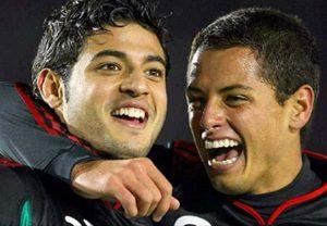 Carlos Vela y Javier 'Chicharito' Hernández volverán a jugar juntos en el Tricolor. Foto: AP