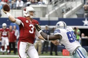 Carson Palmer dijo adiós a la temporada 2015 de la NFL. Foto: AP
