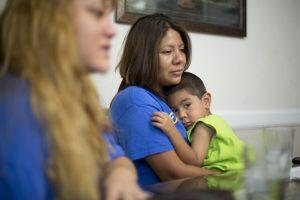 Una gran cantidad de electores hispanos consideran que las cosas en el país se han salido de su rumbo. Foto: AP