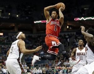 Rose volvió tras su más reciente dolencia y aportó 13 puntos con siete asistencias. Foto: AP