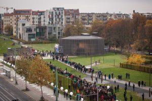 La canciller federal de Alemania, Angela Merkel, manifestó que la caída del Muro de Berlín es una señal de esperanza para los puntos de conflicto que se registran en el mundo. Foto: Notimex