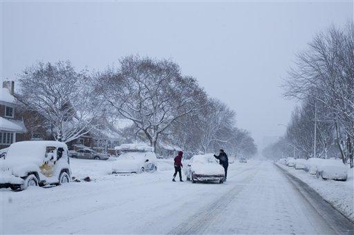 Feroz tormenta de nieve azota Nueva York