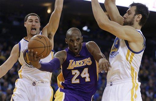 Lakers derrotan a Hawks gracias a Bryant