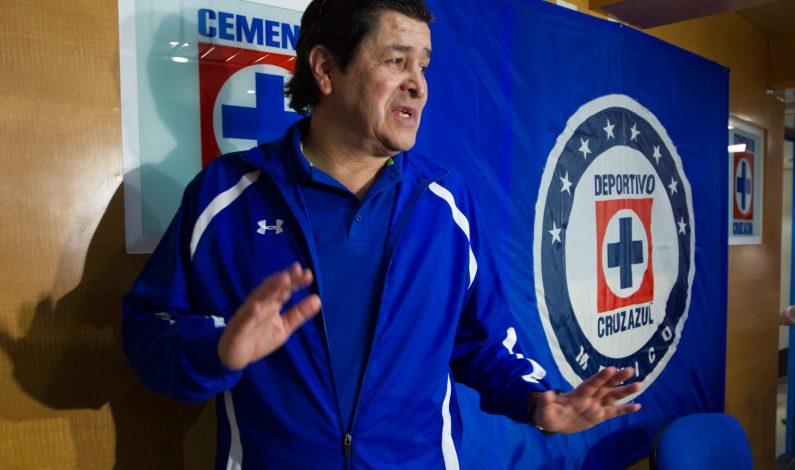 Técnico de Cruz Azul espera un partido abierto ante Pumas