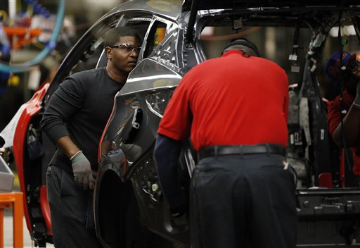 Nissan revisará bolsas de aire de 52,000 vehículos