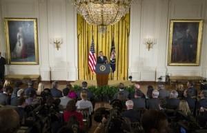 Las nuevas normas que regulan la inmigración en Estados Unidos serán anunciadas por Obama esta noche. Foto: AP
