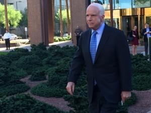 John McCain, Senador por Arizona y veterano de la guerra de Vietnam. Foto: Sam Murillo/Mixed Voces