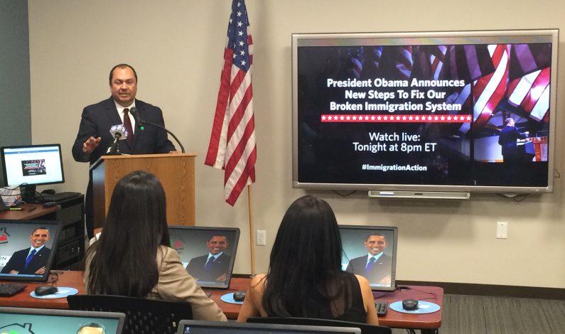 Celebran en Arizona anuncio de Obama