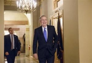 El senador Mitch McConnell, próximo líder de la mayoría republicana en el Senado, prefiere no paralizar el gobierno. Foto: AP