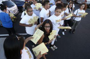 El mensaje de los votantes latinos a demócratas y republicanos fue que los temas de interés para la comunidad deben ser atendidos por los políticos. Foto: AP