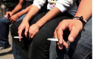 Funcionarios del condado estiman que la medida contra fumadores podría ahorrar más un millón de dólares en los costos anuales por seguro de salud. Foto: Agencia Reforma