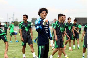 El 12 de julio el Tri de Miguel Herrera jugará nuevamente en el University of Phoenix Stadium. Foto: AP