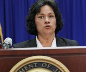 Sarah Saldaña perdió el respaldo republicano por apoyar la órden ejecutiva de Barack Obama en material de inmigración. Foto: AP