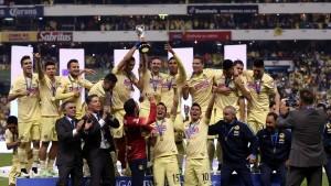 El cuadro capitalino se convirtió en el equipo más ganador del futbol mexicano al llegar a 12 campeonatos y superar, así, a su acérrimo rival, Chivas Rayadas de Guadalajara. Foto: Notimex