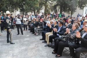 Alrededor de 200 personas entre amigos y admiradores recordaron al famoso cantante. Foto: Mixed Voces