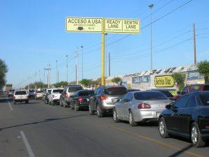 El tiempo de espera en las garitas de Nogales, así como en otros puertos de entrada es de poco más de dos horas. Foto: Notimex