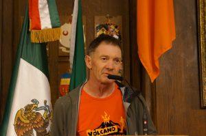 El maratonista irlandés Tony Managan, agradeció oficialmente al gobierno de México la hospitalidad a su regreso a Dublín. Foto: Notimex