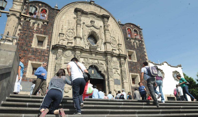 Miles de peregrinos en camino al Tepeyac