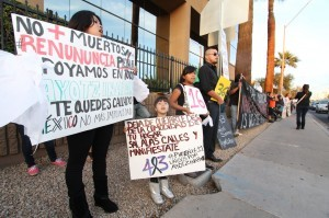Arizonans join the voices of protest against the disappearance of the 43 students of Iguala,Guerrero, Mexico and have a message for the Mexican government.