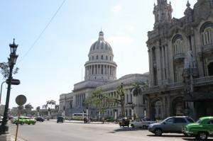 Activistas que buscan cambios en la isla caribeña dieron la bienvenida a la oficialización del retiro de Cuba de esa lista. Foto: Notimex