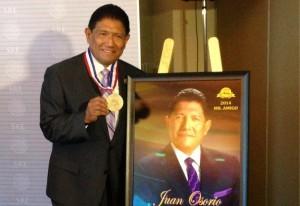 Juan Osorio se dijo complacido de poder hacer un intercambio cultural con Corea con esta producción televisiva. Foto: Cortesía