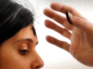 El rito se originó debido a la tradición judía de ponerse ceniza sobre la cabeza en señal de penitencia. Foto: AP