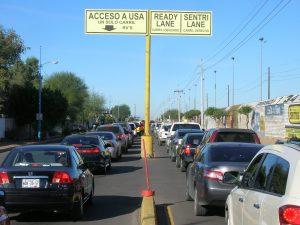 Todos los miembros de la familia que viajan y necesitan un permiso deben estar presentes durante el proceso de solicitud I-94. Foto: Notimex