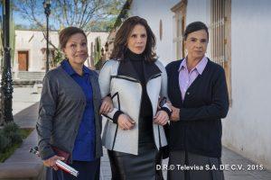 Rebecca Anne Jones Fuentes Berain (centro), nombre completo de la actriz, nació el 21 de mayo de 1957 en la Ciudad de México. Foto: Televisa