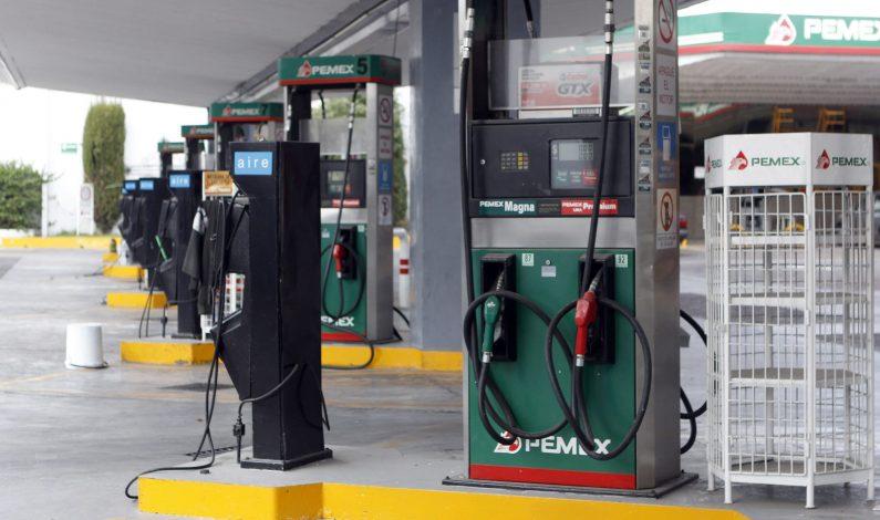 """Anuncian otro """"gasolinazo"""" para agosto"""