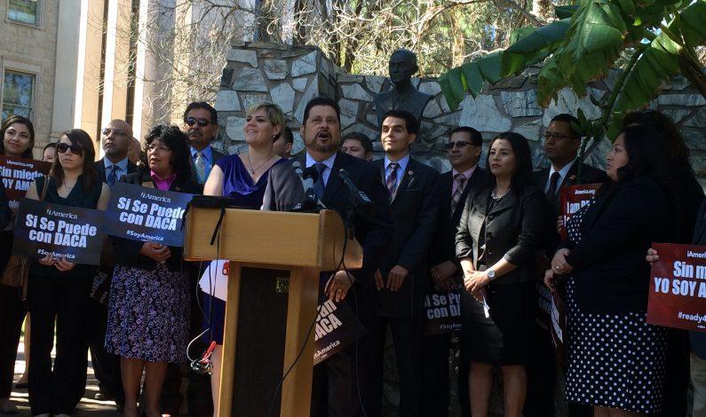 Con foros informativos reaccionan líderes de Arizona
