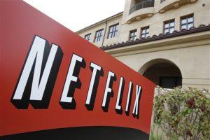 Netflix apuesta a que mejoras en la infraestructura acerquen el servicio de internet a más personas. Foto: AP