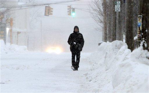 Nueva tormenta cancela cientos de vuelos en noreste