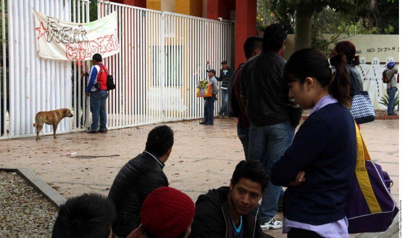Estudiantes toman Ciudad Universitaria en Oaxaca