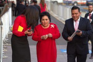 Sobre los memes que hacen mofa de su candidatura, Carmen Salinas comentó que le encantan.