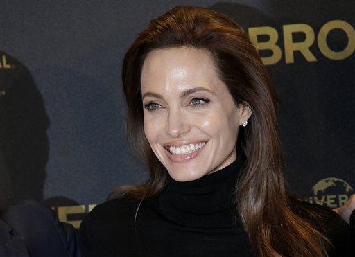 Angelina Jolie se quita ovarios y trompas para evitar cáncer