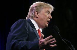 Trump hablará sobre inmigración ilegal durante su discurso de campaña acompañado por el aguacil del Condado de Maricopa Joe Arpaio. Foto: AP