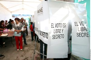 De acuerdo a la reforma política el rebase de topes de gastos de campaña de un candidato implica la anulación de la elecciones en la entidad. Foto: Agencia Reforma