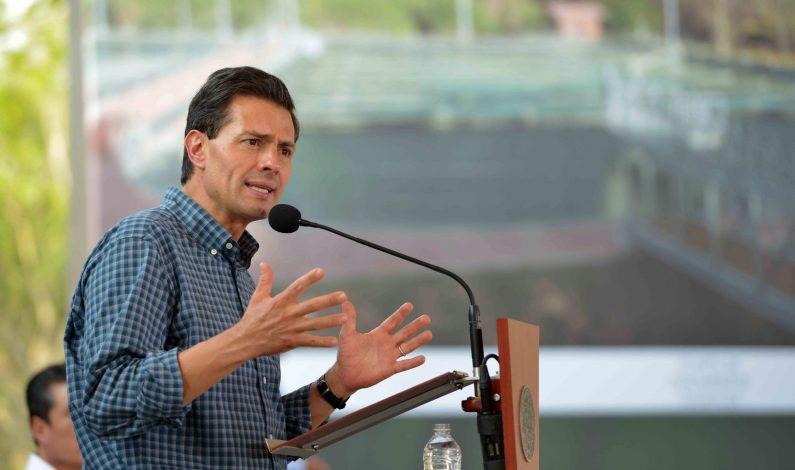 """EPN celebra aval del Congreso a observaciones sobre ley anticorrupción """"3de3"""""""