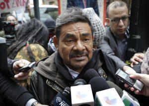 Felipe de la Cruz, portavoz de los padres de los 43 estudiantes desaparecidos en México, habla con los medios de comunicación el miércoles 18 de marzo en Nueva York. Foto: AP
