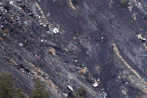 Dos mexicanas fallecieron en avión caído en los Alpes